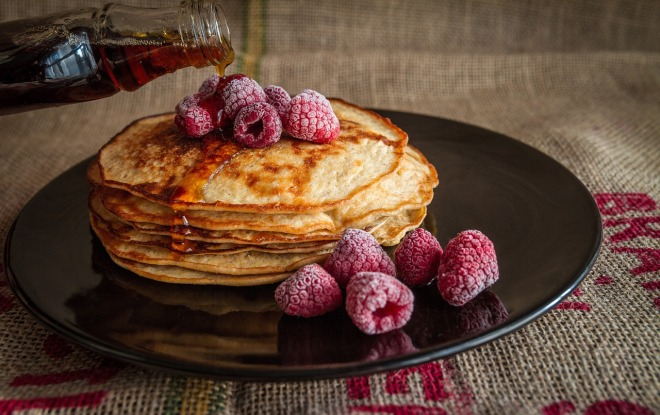 gluten free pancakes with raspberries